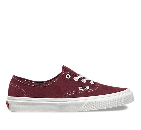 לצפייה במוצר AUTHENTIC VARSITY SUEDE RED MOHAG