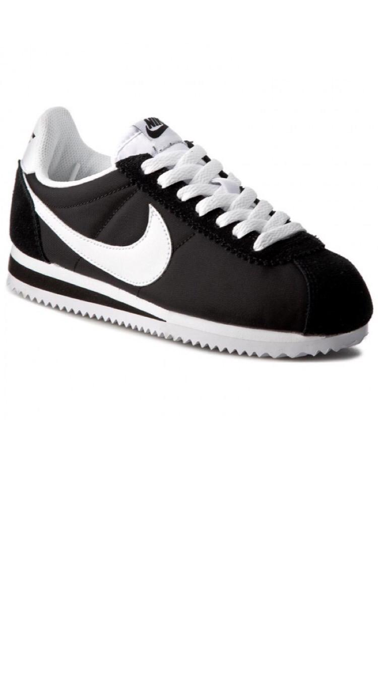 לצפייה במוצר CORTEZ NYLON BLACK/WHITE