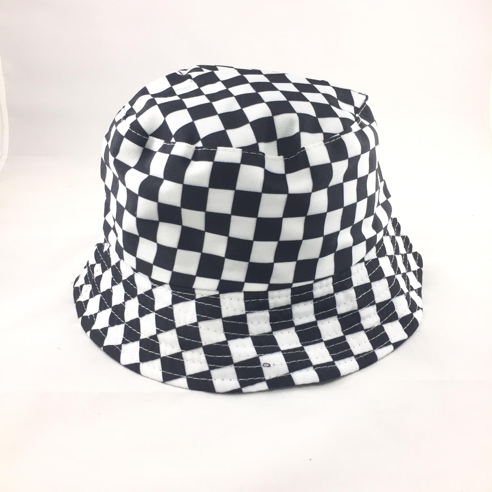 לצפייה במוצר CHECKERBOARD BUCKET HAT