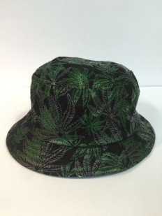 לצפייה במוצר BLACK & GREEN WEED BUCKET HAT