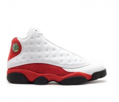 לצפייה במוצר AIR JORDAN 13 RETRO CHICAGO