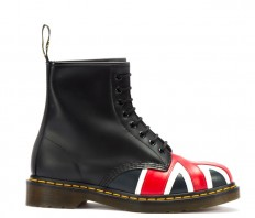 לצפייה במוצר DR MARTENS UNION JACK B EYE BOOT
