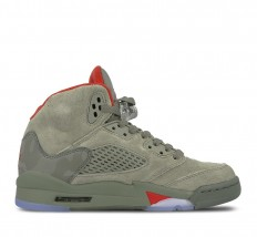 לצפייה במוצר AIR JORDAN 5 RETRO GS - GREY WOMAN