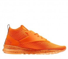 לצפייה במוצר REEBOK ZOKU RUNNER ULTRAKNIT - SOLAR ORANGE