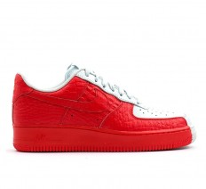 לצפייה במוצר NIKE - AIR FORCE 1 07 PRM BARELY