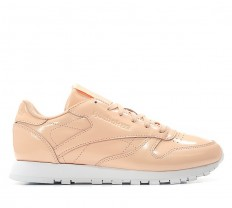 לצפייה במוצר  REEBOK - CLUB LEATHER PATENT DESERT DUST - WOMAN