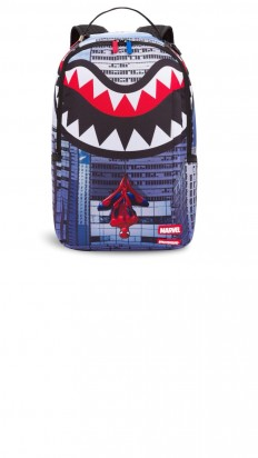 לצפייה במוצר SPIDERMAN UPSIDE DOWN SHARK BACKPACK