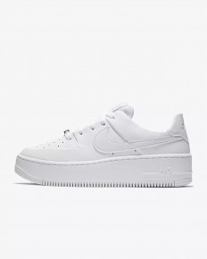 לצפייה במוצר nike air force 1 platform