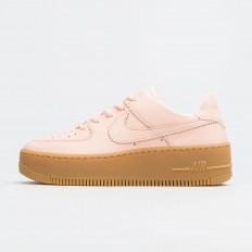 לצפייה במוצר AIR FORCE 1 SAGE LOW LX CORAL