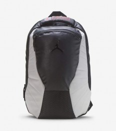 לצפייה במוצר JORDAN BACKPACK BLACK&WHITE