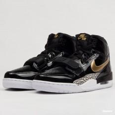 לצפייה במוצר   Air Jordan Legacy black / metallic gold - white