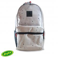 לצפייה במוצר jordan off white bag